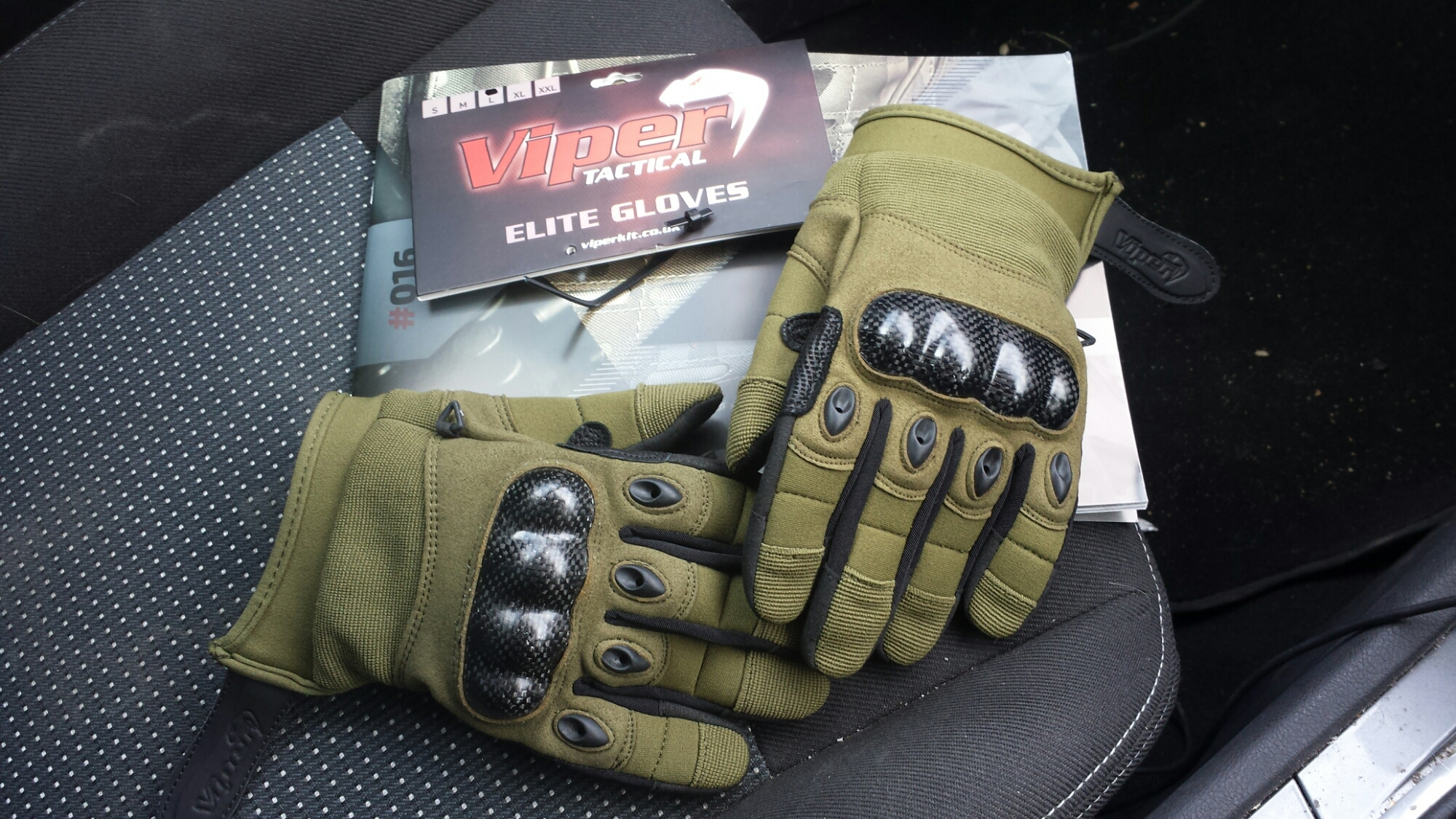 oakley hard knuckle tactical gloves g6fa  I opted for a pair in Green for woodland use, size large Viper advised me  to measure my hand from tip of my middle finger to the heel of my palm and